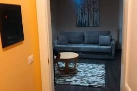 Apartament me qera ditore tek Zogu i zi