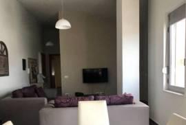 Super Apartament me qera ditore me pamje nga Liqen