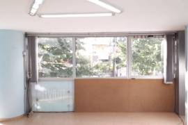 Amb Open Space i Pershtatshem per Zyre ose Dyqan , Qera