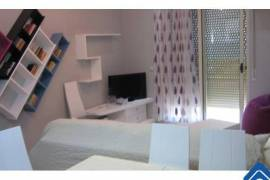 Kembej apartament ne  Vlore me 2+1 ne Tirane