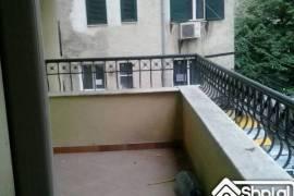 Shitet apartament 3+1+2tualete+1 ballkon 124 m2., Tirana