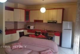 Jepet me qera apartament 2+1, Tirana, Qera