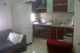 Shitet apartament 1+1 okazion me hipoteke, Shitje, Tirana