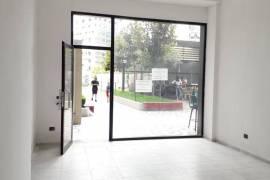 Amb Open Space (46 m2) per Biznes (Rr. e Kavajes) , Qera