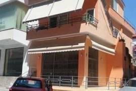 Shitet shtepi private ne qender te Sarandes