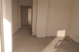 Shitet  apartament 3+1, 138 m2, 73000 euro, Shitje