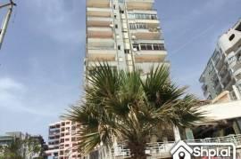 Shitet apartament 3+1, ME HIPOTEKE ne Durres!!, € 750,00