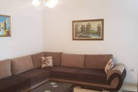 Jepet apartament me qera 1+1 tek Komuna e Parisit, Tirana, Qera