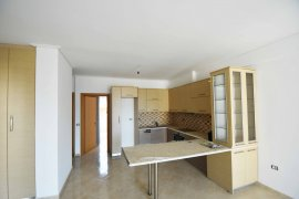 Shitet Apartament 2+1 me pamje nga deti ne Sarande, Sale