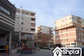 Komuna e PArisit poshte Eleonores shitet 2+1, Shitje, Tirana