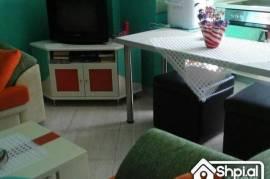 Mbi Kristal Center shitet apartament 1+1, Shitje, Tirana