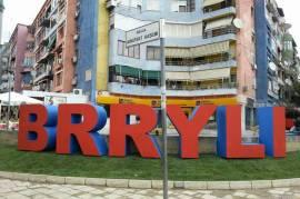 OKAZION TEK BRRYLI...SHITET 2+1 NE NDERTIM, Shitje, Tirana