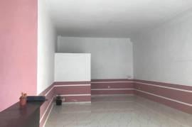 Jepet me qera dyqan 60 m2 ne Astir, Qera, Tirana