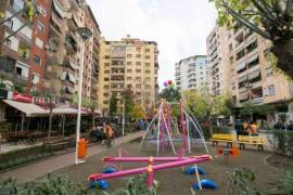 JEPET ME QERA 1+1 LUKS...KOMUNA E PARISIT, Tirana, Qera