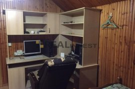 Qera   Vila tre-kateshe 1500 euro  Vasil Shanto, Qera