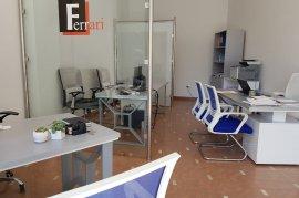 Qera | Zyre 45 m2, 400 Euro tek Rruga e Bogdaneve!, Qera