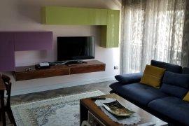 Shitet apartament 3+1 tek 'Stadiumi Dinamo', Sale