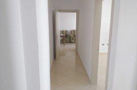 Shitet apartament 2+1,106 m2, 62000 Euro Yzberisht, Πώληση