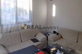 Shitet apartament2+1me hipoteke67m2 Rruga Durresit, Sale