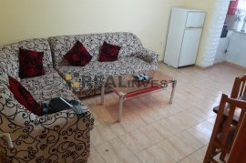 2+1 70m2 me hipoteke 75000 euro te rruga Mine Peza, Πώληση
