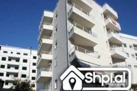 Fizika Berthamore shitet apartament 2+1 kleringu, Shitje, Tirana