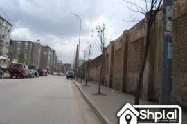Te Oxhaku shiten 2 apartamente kleringu 2+1, Shitje, Tirana