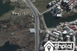 Liqeni thate shitet apartament 2+1, Πώληση