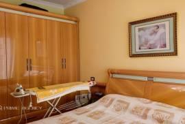 "Shitet :Apartament 1+1/ Kryqëzimi ""Komuna e P, Shitje, Tirana"