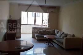 Apartament 3 + 1 me qera ne zonen e Bllokut, Tirana, Qera