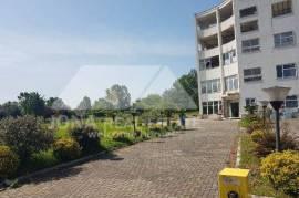 Okazion toke+ndertese per shitje prane Aeroportit, Tirana, Biznes
