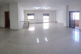 Ambient Gjigand (170 m2) ne Qender (Blv. Zogu I), Qera