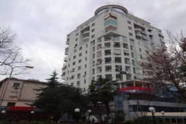 Ambient Biznesi me Qira:, Qera