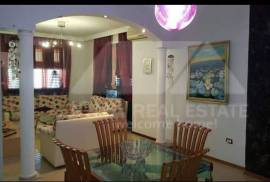 Apartament 2 + 1 me qera ne rrugen e Kavajes, Tirana, Qera