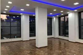 Myslym Shyr,  jepen 2  ambjente biznesi me qera, Affitto, Tirana