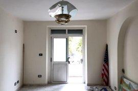 Apartament 3+1 me qera per zyra tek 21 Dhjetori , Qera