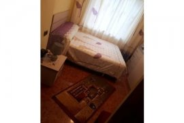 Shitet Apartament 2+1,65 m2,me hipoteke,5990, Πώληση