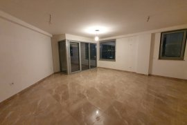 Jepet me qira apartament tek stadiumi Dinamo,, Qera