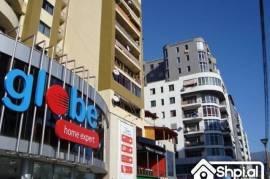 Mbi qendren Globe shitet apartament 2+1, Shitje