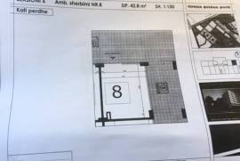 """Dyqan per shitje prane """"Fabrikes se Miellit&q"""