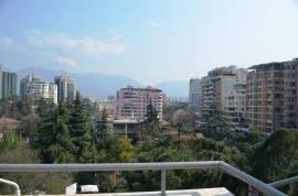"SHITET 3+1 ME HIPOTEK ""NE BLLOK"", Shitje, Tirana"