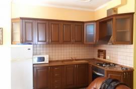 Okazion! Shitet Apartament 2+1 / Qender, Shitje, Tirana