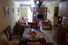 Apartament 2+1, 96 m2 , 320 euro ne Bllok, Tirana, Qera