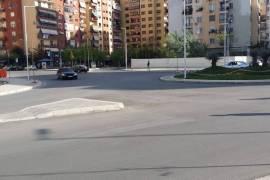 SHITET DYQAN KOMUNA E PARISIT, BUZE NJE RRUGE, Tirana