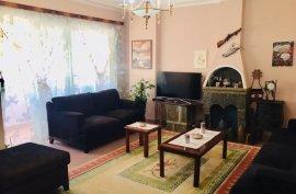 Apartament 2+1 120m2 Komuna e Parisit 99,000 €, Πώληση